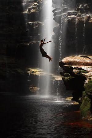 к чему снится чистый водопад