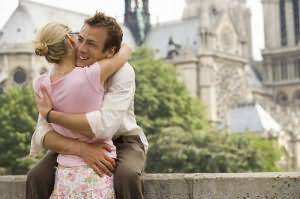 сонник мужчина обнимает и целует