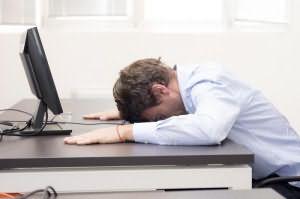 сколько часов длится здоровый сон человека