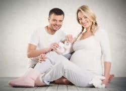 к чему снится беременная жена