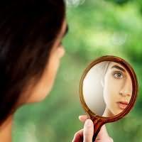 к чему снится видеть себя в зеркале