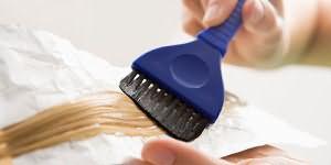 к чему снится красить волосы