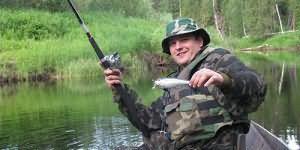 сонник ловить рыбу удочкой