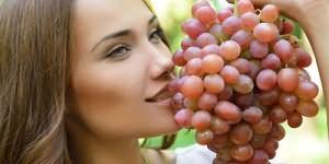 к чему снится собирать виноград