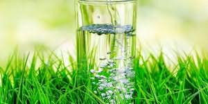 пить воду во сне со стакана